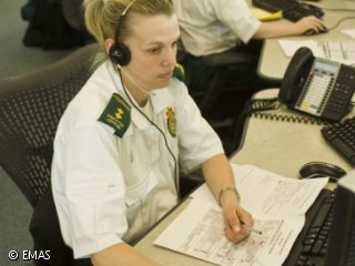 the importance of a 911 dispatcher a job description of communication operators Dispatch skills and qualifications advisement job description • dispatchers provide a critical role in the delivery of emergency police, fire and medical services • civilian employee for police departments, county sheriff's departments or.